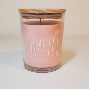 New Rae Dunn 'Family' Candle